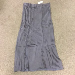 Beautiful straight skirt with slit